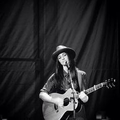 Sara Bareilles. i love her new song brave