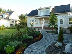 Our Home, August 2011 by Pentti Impiö, via Flickr. by Kannustalo