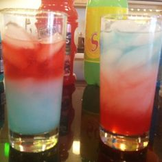 Density Drinks - Layered Kid-Friendly Drinks for 4th of July... learning the science behind it with Steve Spangler