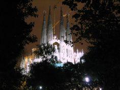 Barcelona Spain SB - Holiday T-Shirt Sagrada Família Antoni Gaudí
