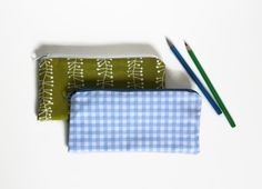 Zipper pouch pencil case blue or green fresh by Sunchildsews Shops, Etsy Shop, Toiletry Bag, Zipper Pouch, Making Out, Back To School, Sunglasses Case, Gadgets, Gadget