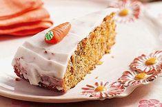 Saftiger Rüblikuchen - Rezept Sweet Bakery, Carrot Cake, Vanilla Cake, Carrots, Cheesecake, Food And Drink, Sweets, Vegan, Snacks