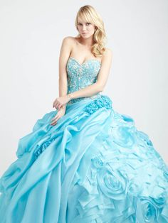 Ball Gown Sweetheart Organza Floor-length Appliques Quinceanera Dresses at sweetquinceaneradress.com