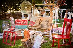 Beautiful flea market finds – ideas and before-and-after pictures - decor store 2018 Flea Market Crafts, Flea Market Decorating, Flea Market Style, Thrift Store Crafts, Craft Markets, Flea Market Finds, Flea Markets, Thrift Stores, Thrift Store Furniture