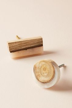 Slide View: 3: Frosted Timber Knob