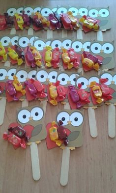 "Popsicle stcik bookmarks craft 2 crafts and worksheets for preschool toddler and kindergartenNew Post has been published on http:& ""Easy puzzle crafts for kids This page has a lot of free printabel Easy puzzle crafts(activities) for.This Pin was discove Kids Crafts, Owl Crafts, Preschool Crafts, Easy Crafts, Diy And Crafts, Paper Crafts, Puzzle Crafts, Popsicle Stick Crafts, Craft Stick Crafts"