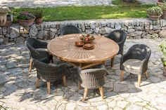 Scancom Guam Round Table Outdoor Dining Set: we've got it. Outdoor Folding Chairs, Outdoor Dining Set, Patio Dining, Outdoor Spaces, Outdoor Living, Outdoor Furniture Sets, Outdoor Decor, Fresco, Teak Table
