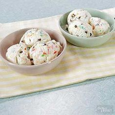 Whip up delicious no-churn ice cream with a loaf pan and your favorite mix-ins!