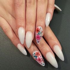 Stunning Designs for Stiletto Nails for a Daring New Look ★ See more: http://glaminati.com/stiletto-nails-designs/ #PopularNailShapes