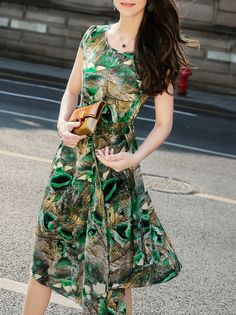 Buy it now. Green Flowers Print Asymmetric Dress. Green Round Neck Short Sleeve Polyester Asymmetrical Short Print Fabric has no stretch Summer Casual Day Dresses. , vestidoinformal, casual, camiseta, playeros, informales, túnica, estilocamiseta, camisola, vestidodealgodón, vestidosdealgodón, verano, informal, playa, playero, capa, capas, vestidobabydoll, camisole, túnica, shift, pleat, pleated, drape, t-shape, daisy, foldedshoulder, summer, loosefit, tunictop, swing, day, offtheshoulder,...