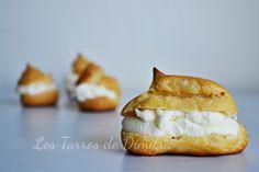 Profiteroles de nata Profiteroles, Baked Potato, Muffin, Potatoes, Baking, Breakfast, Ethnic Recipes, Food, Custard