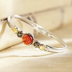 Tricolor Baltic Amber Bracelet | National Geographic Store