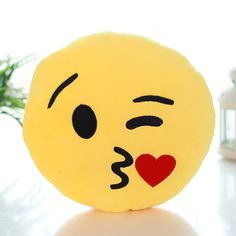 Emoji Pillow Emoticon Stuffed Plush Toy Doll Smiley Heart Eyes Kiss Face