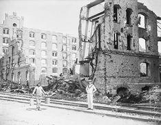 6 Eylül 1917-de yaşanan patlamanın izleri işgal yıllarında da silinmemiş. (Haydarpaşa)