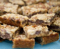 These Magical Cookie Bars are sure to delight your little mummies!