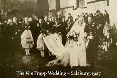La auténtica familia Von Trapp el día de su boda.