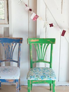 These painted chairs would look great in a childs bedroom. Look like ASCP Greek Blue and Antibes.