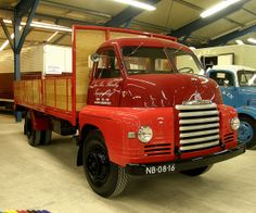 Classic Bedford Truck by Jan Barnier Hilversum