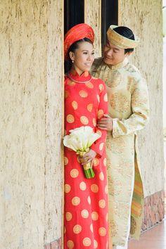 Vietnamese dress (ao dai).       ///////.     Vietnamese/English wedding invitation @ www.ThiepCuoiCali.com.        ///////////.
