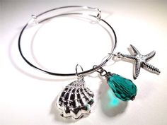 BEACH FASHION RHODIUM VIN & SUE NAUTICAL STARFISH SEA SHELL GREEN CHARM BRACELET