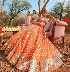 Party Wear Indian Dresses, Indian Bridal Outfits, Indian Fashion Dresses, Indian Designer Outfits, Indian Bridesmaid Dresses, Mehendi Outfits, Wedding Outfits, Wedding Wear, Wedding Attire