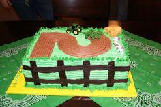 super cute john deere cake