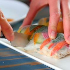 healthy eating - Colorful Summer Rolls with Peanut Dipping Sauce Sushi Recipes, Asian Recipes, Vegetarian Recipes, Cooking Recipes, Vegetarian Spring Rolls, Vegan Spring Rolls, Shrimp Spring Rolls, Fresh Spring Rolls, Dip Recipes
