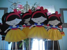 Adorable Snow White Princess Centerpiece by ThePaperPartyBox, $5.99