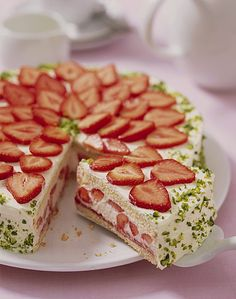 Vanille - Erdbeer - Torte, ein tolles Rezept aus der Kategorie Backen. Bewertungen: 120. Durchschnitt: Ø 4,3.