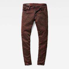 De Revend jeans is een slanke, moderne jeans met 5 zakken.