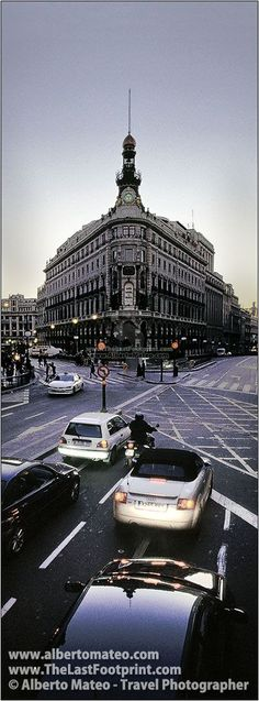 Banesto Building in Alcala Street, Madrid, Spain. | Cityscape by Alberto Mateo, Travel Photographer.