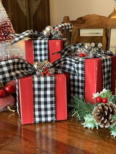 Farmhouse christmas decor - Christmas decorations farmhouse, Buffalo Check decorations, Buffalo plaid Christmas decor, Christmas presents, Holiday Decor – Farmhouse christmas decor Farmhouse Christmas Decor, Christmas Wood, Plaid Christmas, Christmas Projects, Christmas Holidays, Christmas Ideas, Buffalo Check Christmas Decor, Christmas Blocks, Christmas 2019