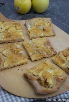Süßer Flammkuchen mit Apfel und Zimt - Katha-kocht!