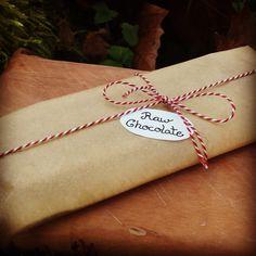 ¸.•*´RAW-Goji-Chocolate-Gift`*•.¸  Rezept gibt`s auf meinem Blog:) www.emmakochtgruen.weebly.com