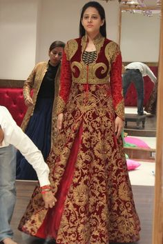 Asiana Couture -Bridal Wear Info & Review | Bridal & Groom Wear Local stores in Delhi #lehenga #wedmegood