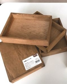 ALLセリアの段も自由に変えれるBOX LIMIA (リミア) Creative Crafts, Diy And Crafts, Paper Crafts, Plywood Furniture, Diy Necklace Stand, Bouquet Shadow Box, Craft Show Displays, Diy Box, Jewellery Display