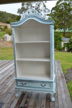 Paint Me White: French Armoire Makeover Paint Me White: French Armoire Makeover Refurbished Furniture, Paint Furniture, Repurposed Furniture, Shabby Chic Furniture, Furniture Projects, Shabby Chic Decor, Vintage Furniture, Furniture Refinishing, Funky Furniture