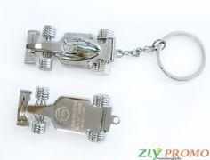 Schlüsselanhänger Auto mit Ihrem Motiv graviert