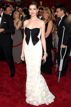 Anne Hathaway Academy Awards Dress