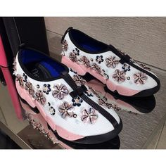 Dior Fusion Sneakers pink white. #sportymeetscoolstyle