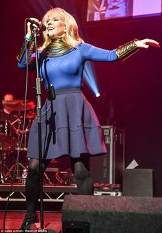 Toyah Willcox @ Loving The 80's, Parr Hall 28.1.2017 in Warrington, England