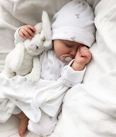 Super SOFT Lovely Large Long Earrs Rabbit Bunny Soft Plush Sleep Baby Toy Sleeping Pillow - sleeping doll toy, sleeping dolls for babies, sleeping doll pic,sleeping doll for babies, sleeping - Cute Little Baby, Baby Kind, Cute Baby Girl, Cute Babies, Baby Baby, Funny Babies, Baby Sleep, Baby Girls, Foto Baby