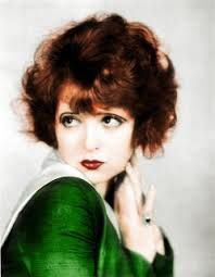 """Roaring Flapper Look: Clara Bow (The """"It"""" Girl) pencil thin eyebrows, smudgy liner with faux upper lashes, deep red """"cupid"""" mouth on pale matte skin Old Hollywood, Classic Hollywood, Hollywood Stars, Hollywood Icons, Hollywood Cinema, Hollywood Glamour, Hollywood Actresses, Louise Brooks, Josephine Baker"""