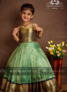 Girls Frock Design, Baby Dress Design, Kids Lehanga Design, Lehanga For Kids, Kids Saree, Kids Lehenga, Kids Dress Wear, Kids Gown, Baby Frocks Designs