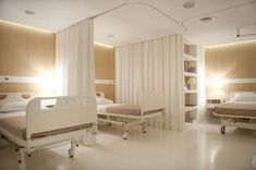 Soft and smooth materials such as fabrics and wood surfaces, as well as the minimization of visual noise from hospital equipment, are intended to be helpful to the psychological state of patients. Photo: Giorgio Papadopoulos