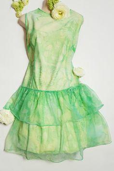 Vihreä vintage juhlamekko