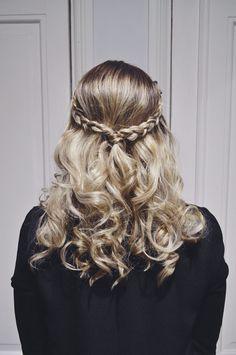 Hair by Susanna Poméll / www.healthyhair.fi #longhair #hairdo #braids #curls #healthyhairfinland