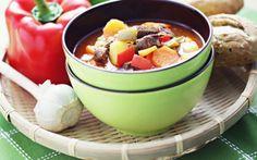 Idee pentru weekend: ciorbă de vită cu borş de casă #food #soup Fondue, Cheese, Drink, Ethnic Recipes, Beverage, Drinking