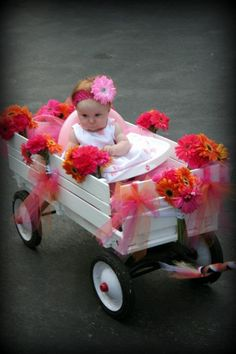 ways+to+decorate+a+wagon+for+a+wedding | Flower girl wagon..... perfect for samantha @Kristy Lumsden Watkins