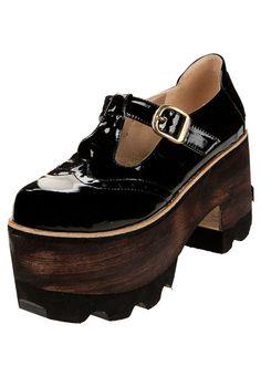 Zapato Negro Luna Chiara con Hebilla